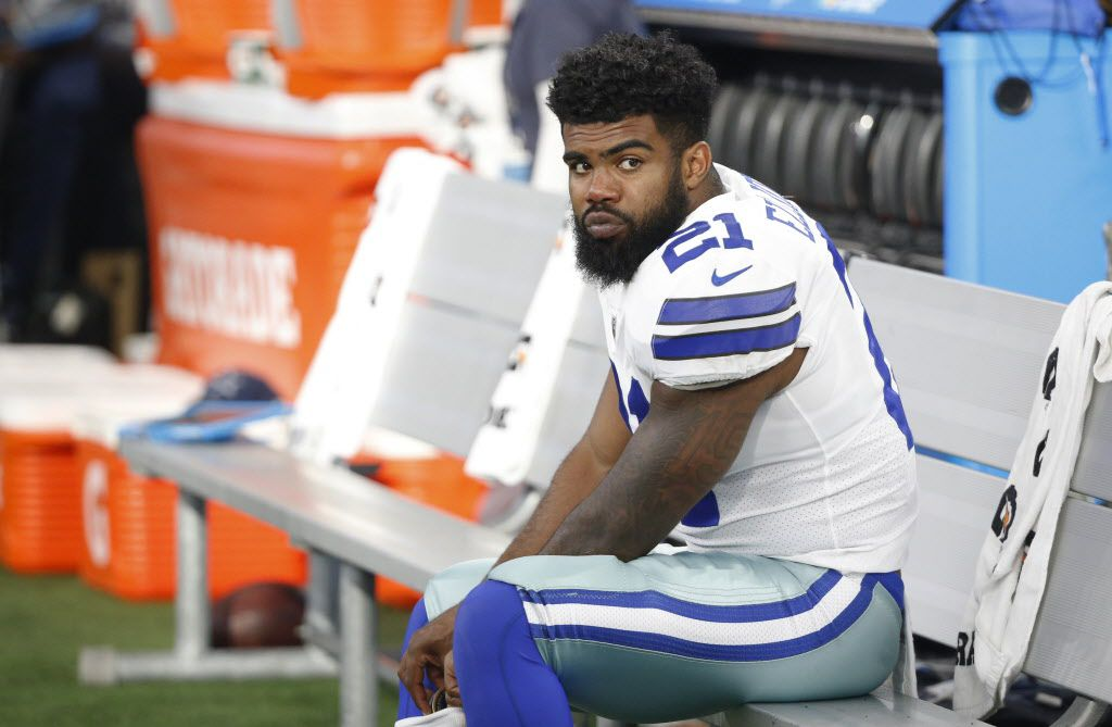 Dallas Cowboys running back Ezekiel Elliott (21) on the bench during the first half of a preseason game against the  Indianapolis Colts at AT&T Stadium in Arlington on Saturday, August 19, 2017. (Vernon Bryant/The Dallas Morning News)