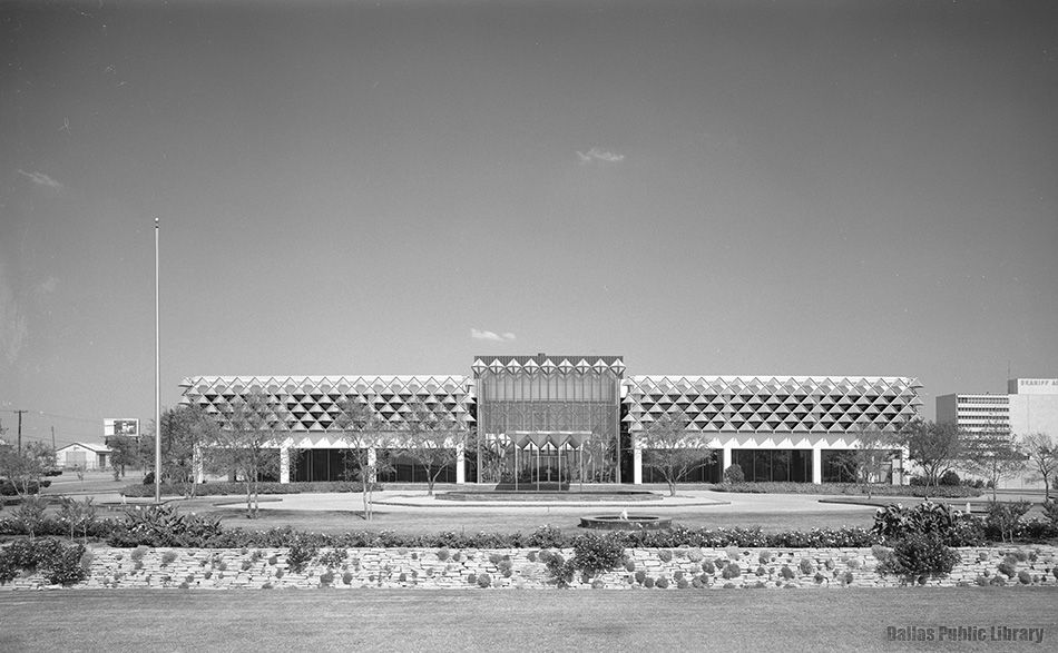 The Great National Life Insurance Co. building on Harry Hines Boulevard as it looked upon completion in 1963
