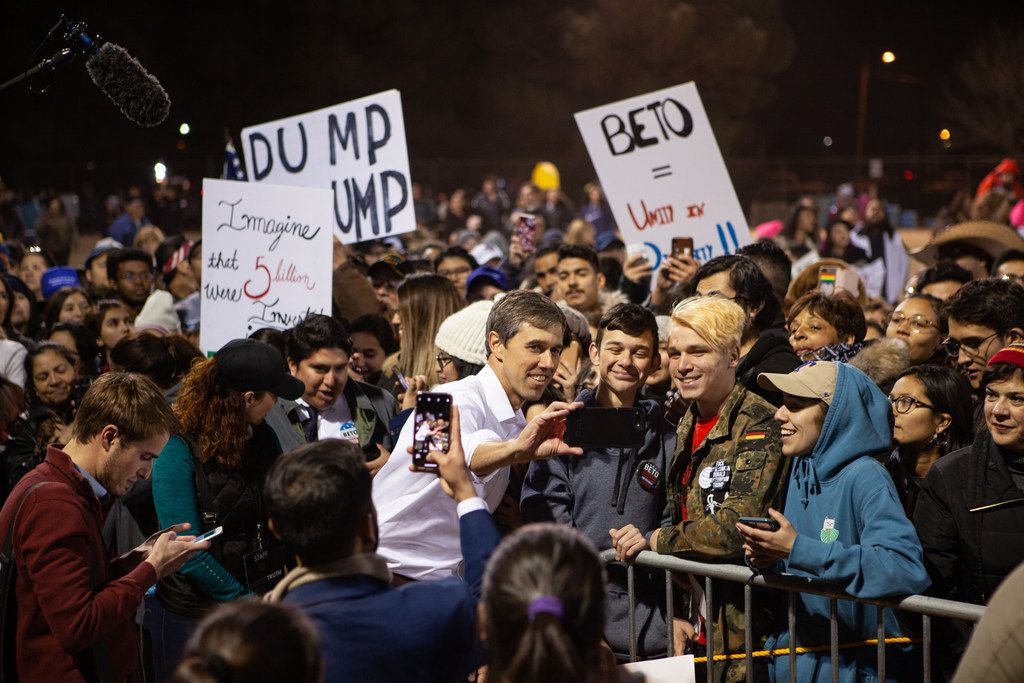 EL PASO, TX - FEBRUARY 11: Beto O'Rourke takes selfies with supporters during a rally in protest of President Donald Trump's proposed border wall, February 11, 2019 in El Paso, Texas. Local El Paso leaders along with Border Network for Human Rights and the Womens March El Paso organized the event to counter a rally Trump held in El Paso on Tuesday night. (Photo by Christ Chavez/Getty Images)