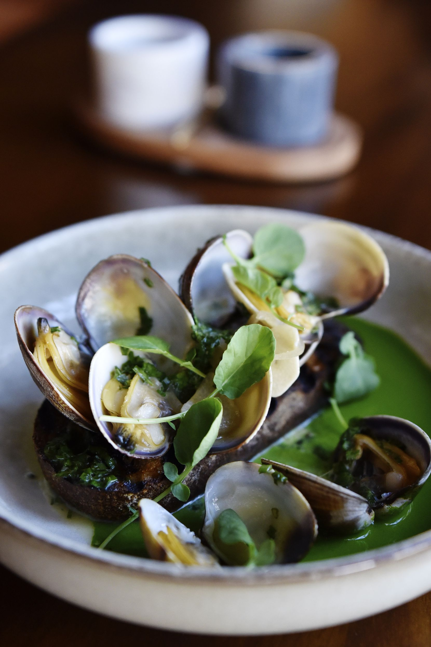 Steamed clams with watercress