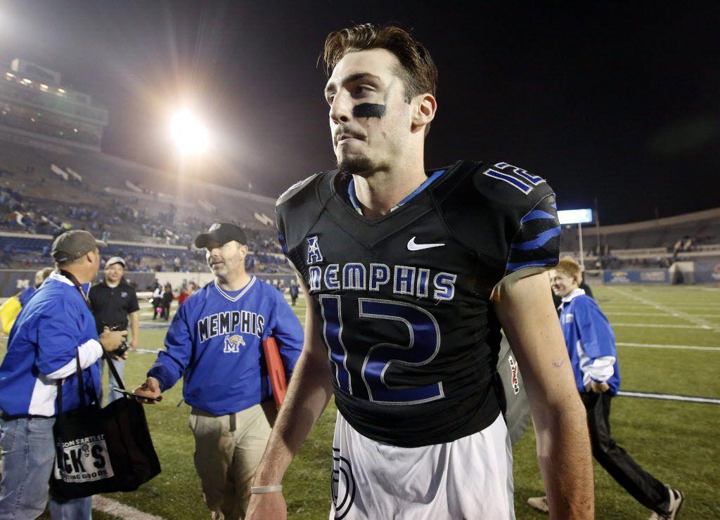 Paxton Lynch es mariscal de Memphis. Foto AP.