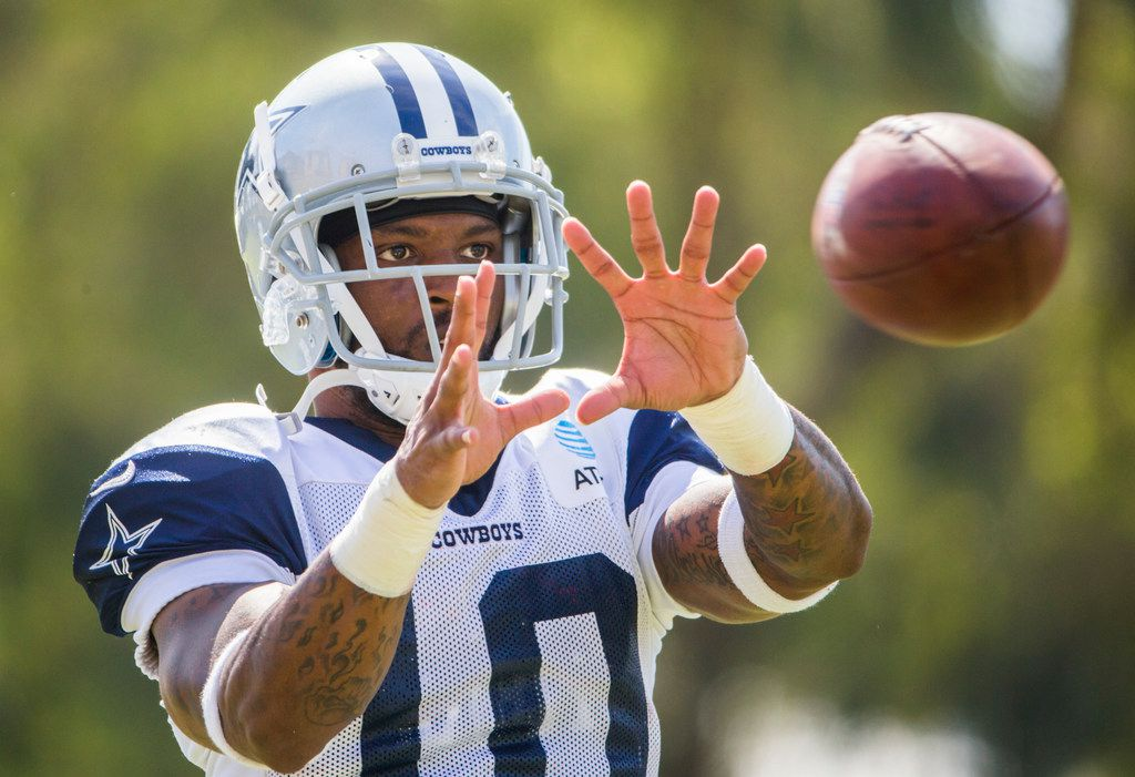 Dallas Cowboys wide receiver Tavon Austin (10) catches a pass during an afternoon practice at training camp in Oxnard, California on Saturday, August 3, 2019. (Ashley Landis/The Dallas Morning News)