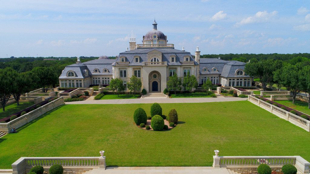 """The Champ d'Or estate is a baroque French chateau located in Hickory Creek, Texas. Inspired by Vaux-le-Vicomte near Paris, France, the chateau is in Denton County. Champ d'Or—literally, """"Field of Gold,"""" is from the surname of Alan and Shirley Goldfield, who built the house in 2002."""