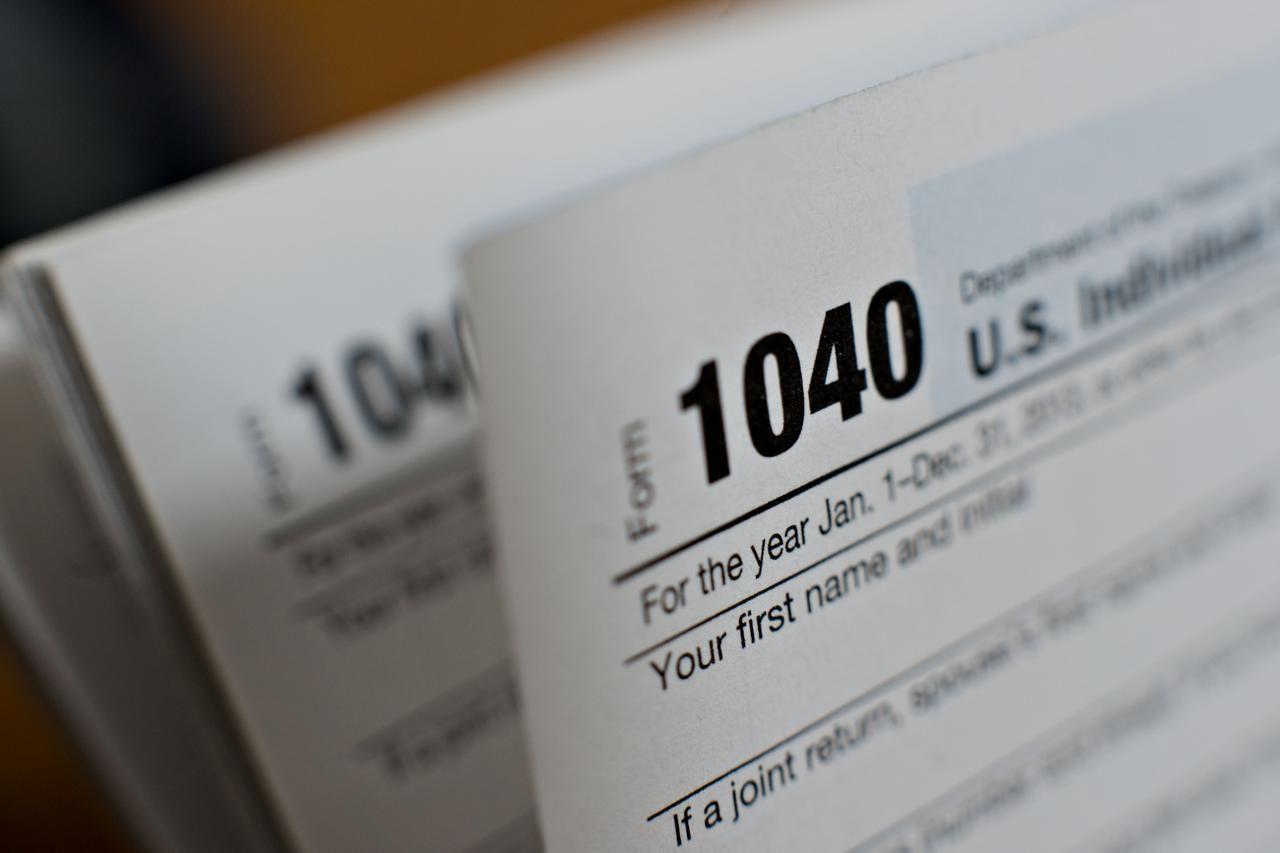 Los contribuyentes que tengan ITIN con dígitos centrales 78 0 79 tienen que renovar su identificación con el IRS. (BLOOMBERG/DANIEL ACKER)