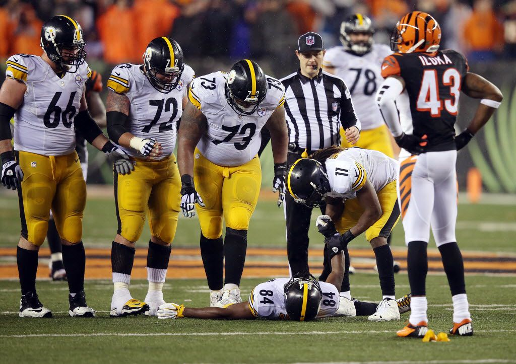 Cowlishaw: It's a no-brainer     dirty hit on Steelers