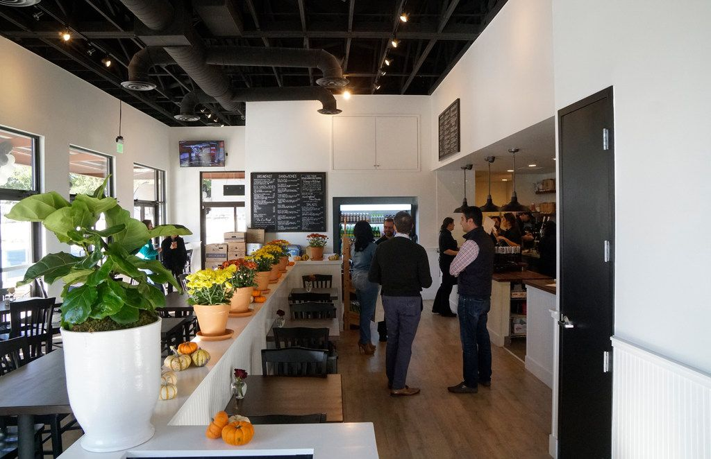 Shayna's Place offers a fast-casual experience with a family vibe and nutritious offerings.
