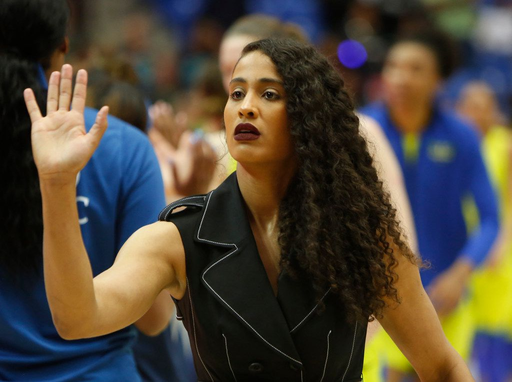 Dallas Wings guard Skylar Diggins-Smith leads the reception line as Wings players greet members of the Minnesota Lynx following their 70-67 loss in their season home opener. The Wings hosted the Minnesota Lynx for their WNBA game at UT-Arlington's College Park Center in Arlington on June 1, 2019. (Steve Hamm/ Special Contributor)