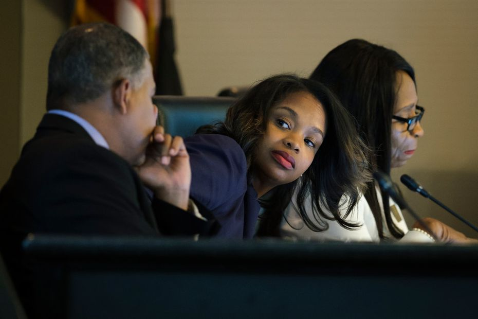 A recall effort is under way to remove DeSoto council member Candice Quarles (center) from office.