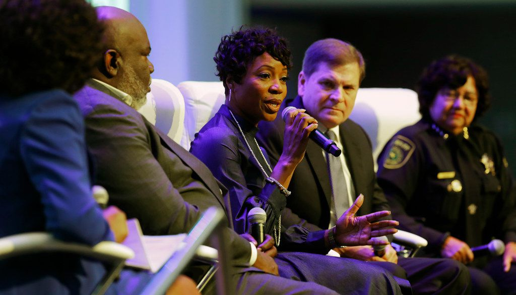 Dallas Police Chief U. Renee Hall speaks on the panel during the Blue on the Block community meeting at The Potter's House in Dallas on Sept. 16, 2017.  (Nathan Hunsinger/The Dallas Morning News)