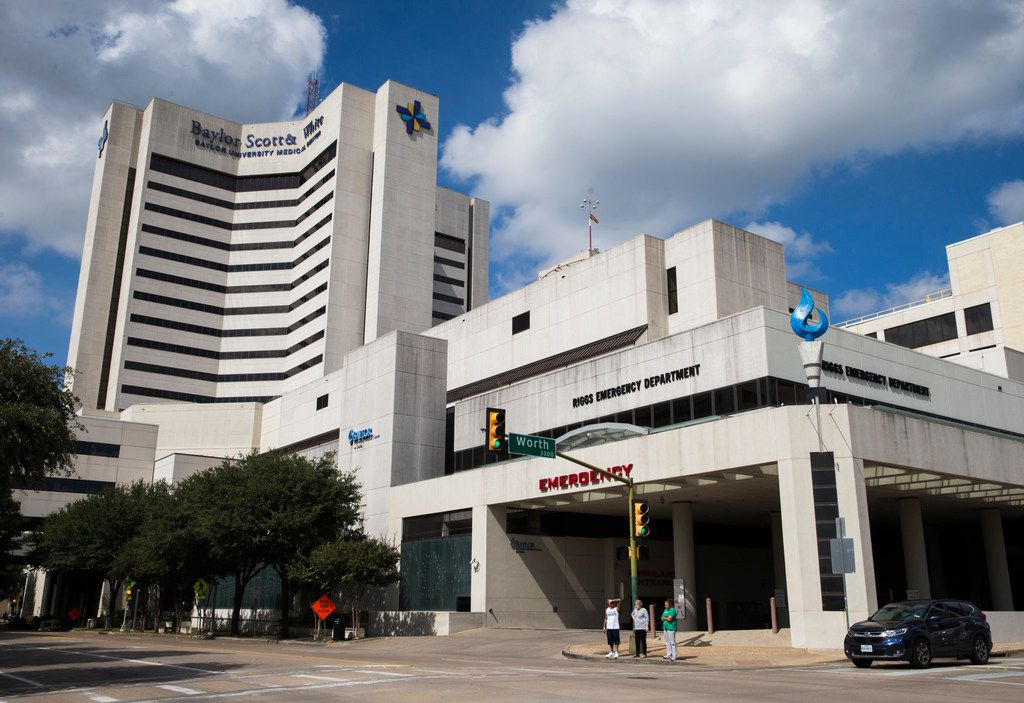 Baylor University Medical Center on Monday, October 1, 2018 on Gaston Avenue in Dallas. Dallas-based Baylor Scott & White Health announced Monday, Oct. 1, 2018 that executives have signed a letter of intent to merge with Houston's Memorial Hermann Health System. (Ashley Landis/The Dallas Morning News)