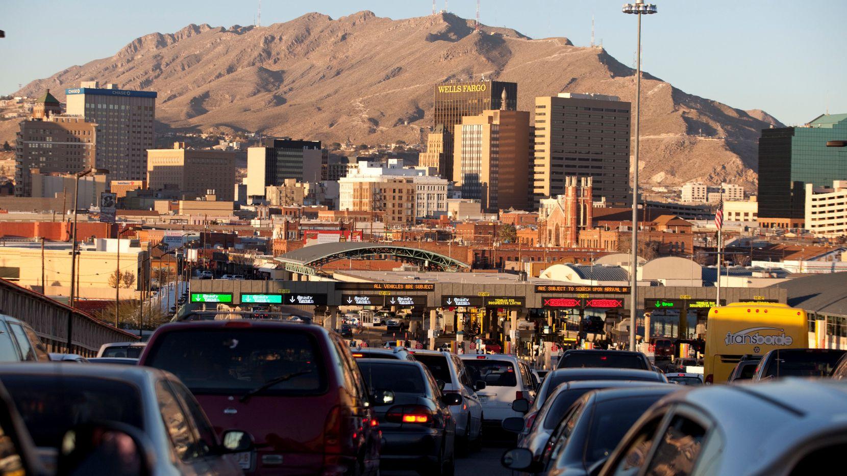 Un cruce internacional entre El Paso, Texas y Ciudad Juárez, México. (AP)