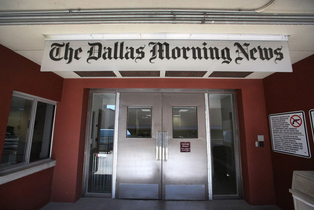 A look at the back dock entrance as the moving process continues at the Dallas Morning News at 508 Young Street in Dallas, photographed  on Tuesday, November 28, 2017. (Louis DeLuca/The Dallas Morning News)