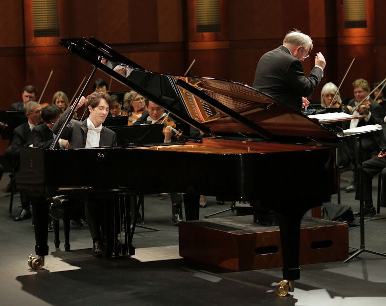 Pianist Leonardo Pierdomenico performed with conductor Nicholas McGegan and the Fort Worth Symphony Orchestra in the Semifinal Round of the Van Cliburn International Piano Competition on Saturday at Bass Performance Hall. (Carolyn Cruz/Van Cliburn Foundation)