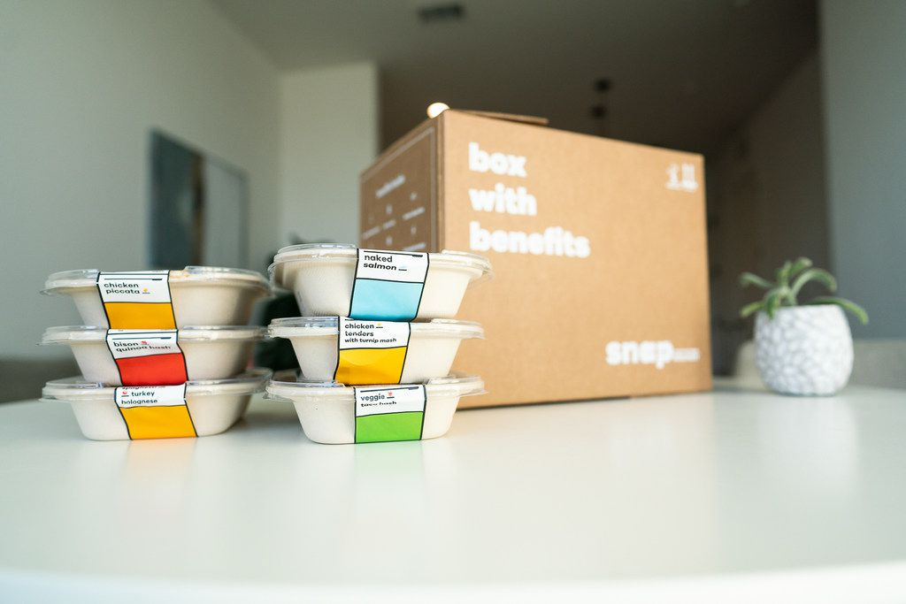 Austin-based Snap Kitchen said Monday it will begin direct shipping its freshly prepared meals to consumers from its Fort Worth kitchen.