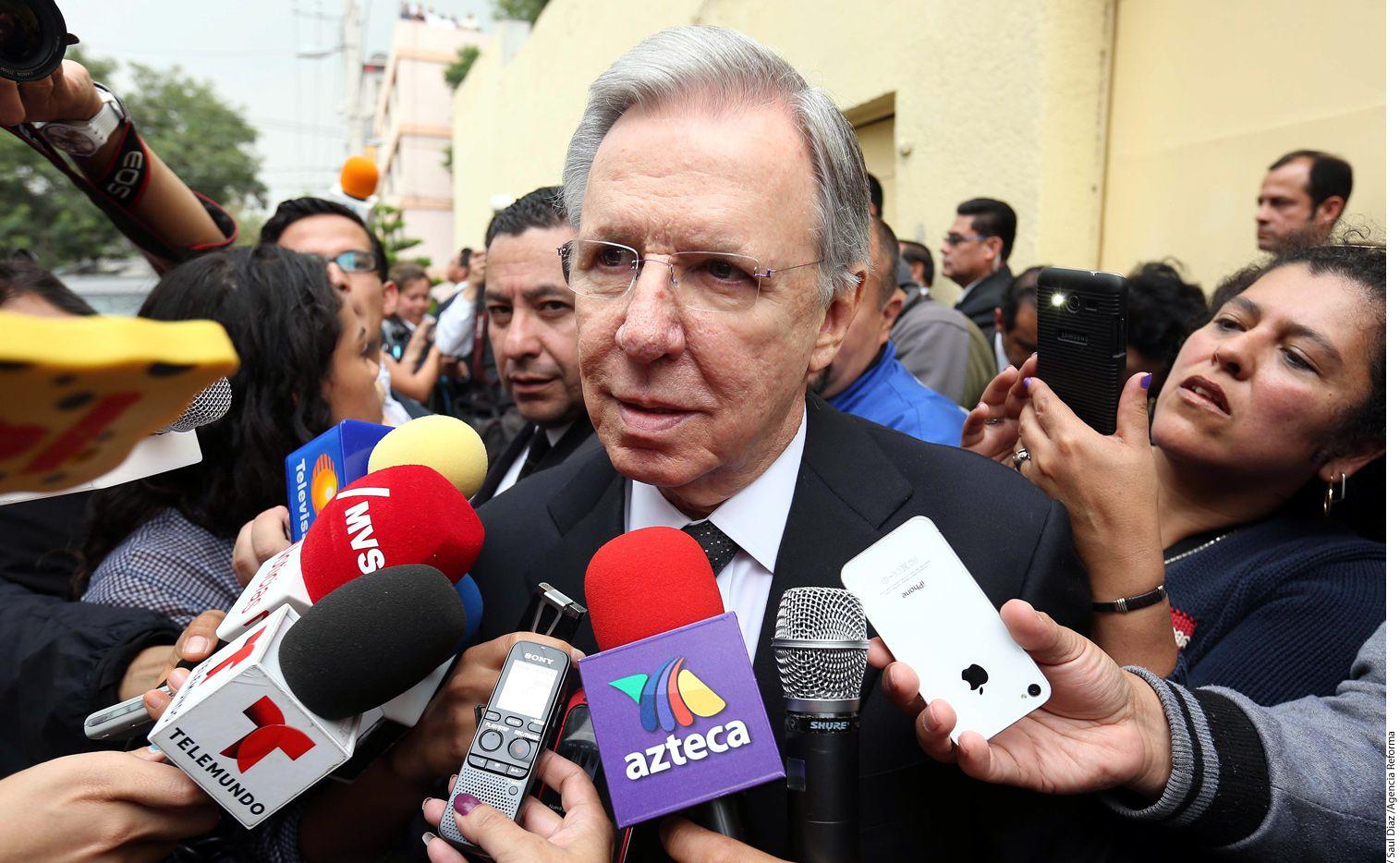 El periodista Joaquín López Dóriga confirmó su salida de El Noticiero al inicio del programa de este lunes. /AGENCIA REFORMA