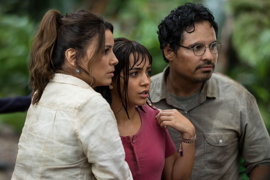 Los mexicoamericanos Eva Longoria y Michael Peña interpretan a los padres de Dora