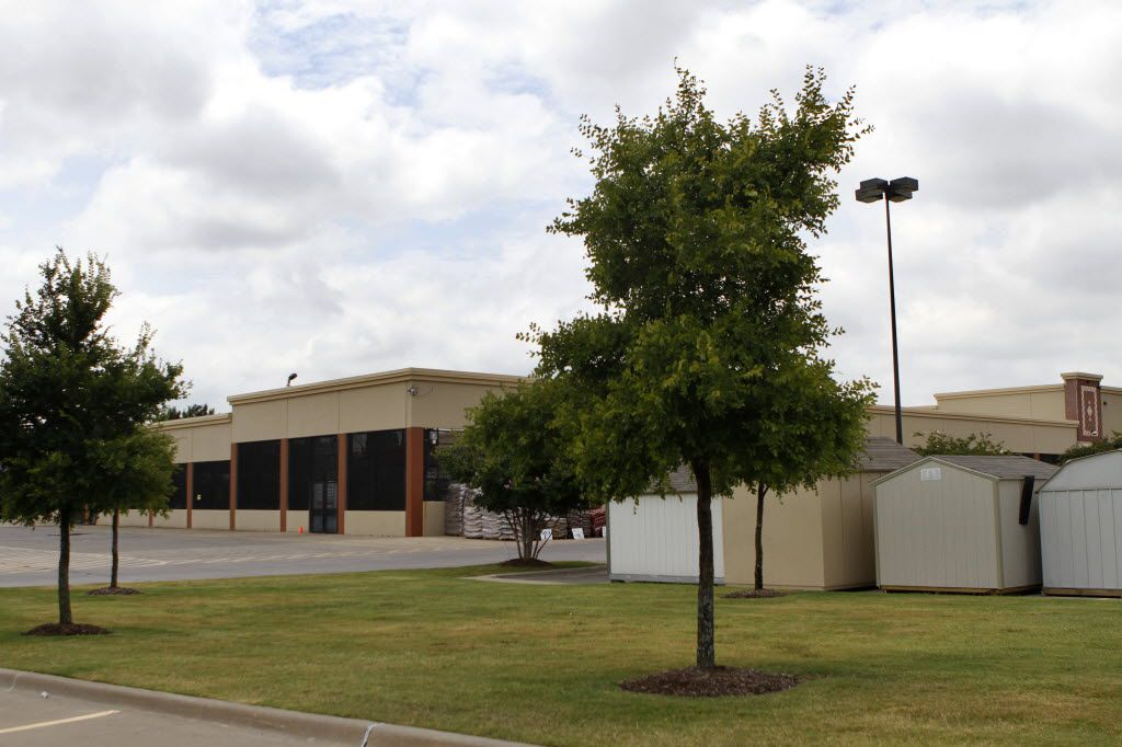 A Home Depot now occupies the former site of the Bronco Bowl at 2600 Fort Worth Ave in Dallas.