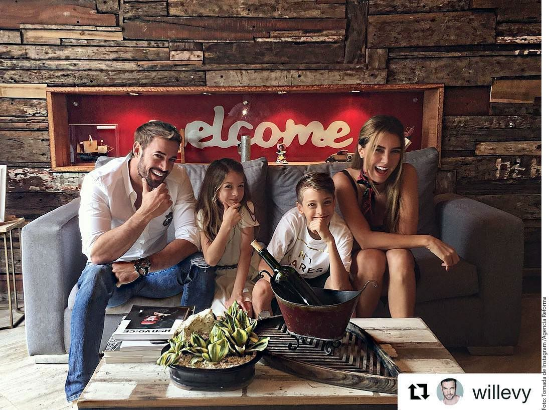 Elizabeth Gutiérrez (der.) y William Levy (izq.) compartieron fotos familiares en el inicio del año./ AGENCIA REFORMA