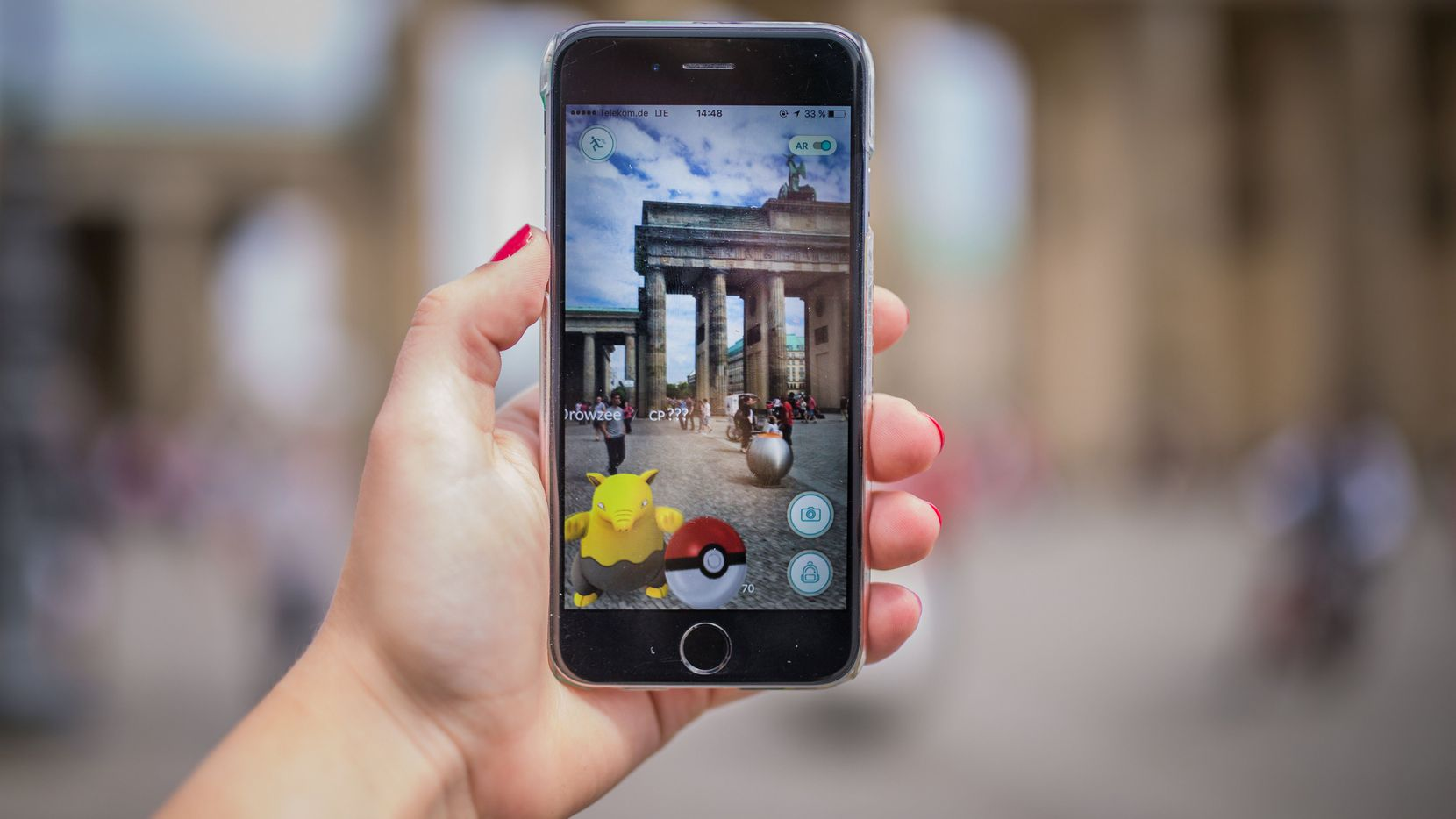 Pokemon Go has gotten Texans trying to catch 'em all into restaurants and stores across Dallas, and businesses and experts are trying to figure out how the popular mobile game could be a valuable marketing tool.