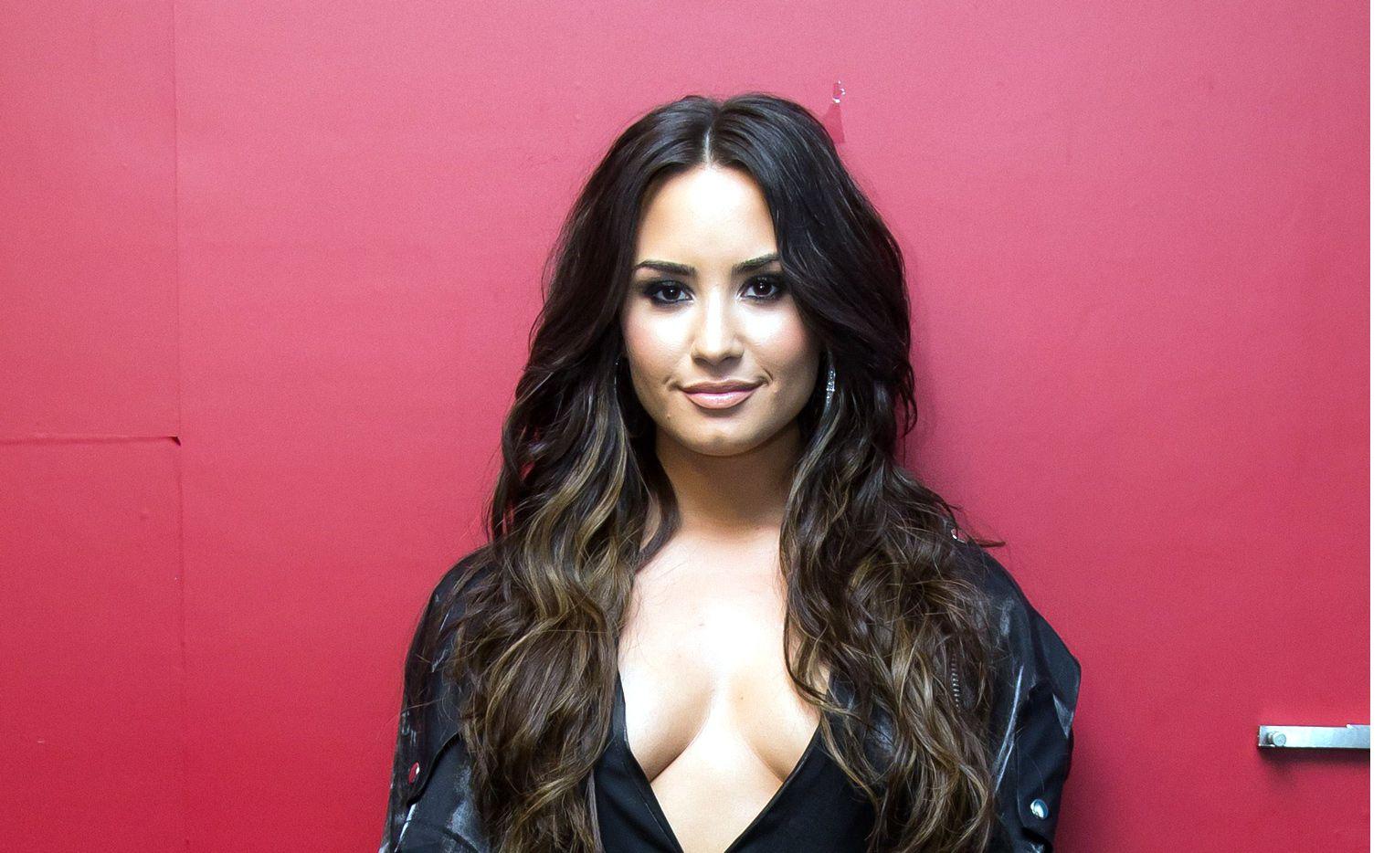 Demi Lovato tenía planeado ofrecer hoy un concierto en la Arena Ciudad de México, el cual finalmente fue cancelado, al igual que su show en Monterrey toda su gira por Sudamérica. AGENCIA REFORMA