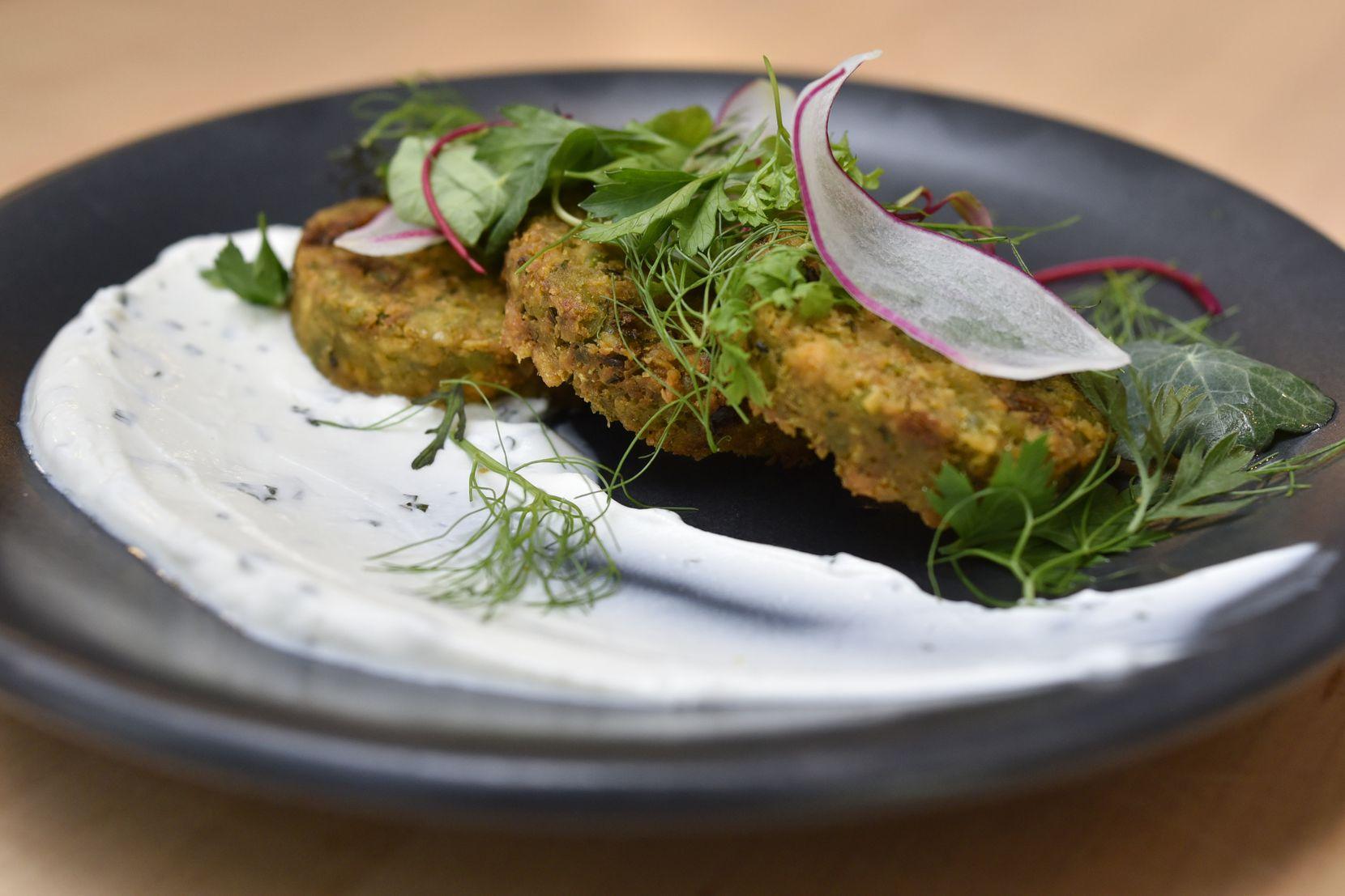 Green fava falafel