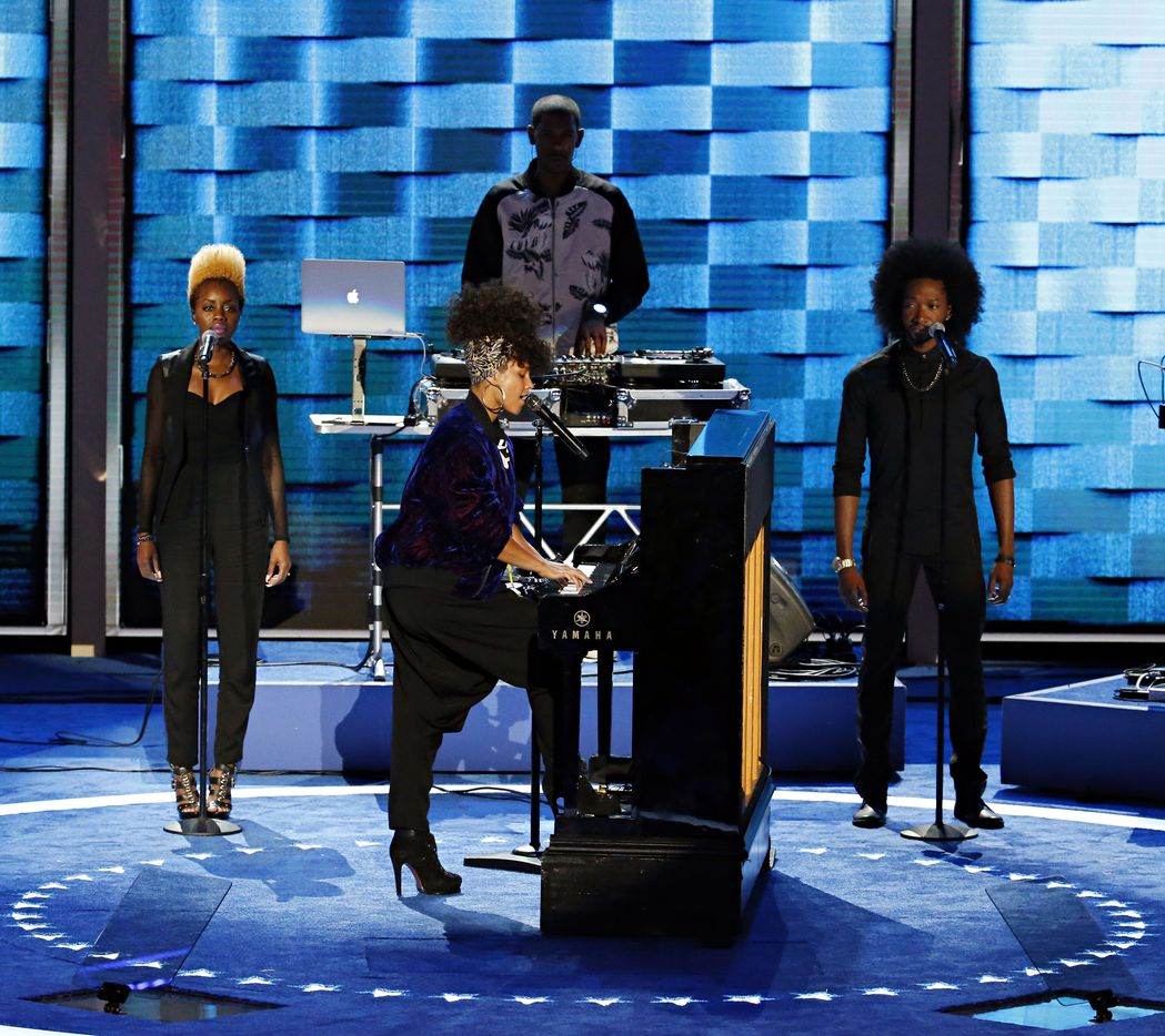 Alicia Keys performs during the Democratic National Convention.