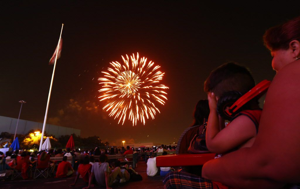 Fireworks during the Fourth of July celebration at Fair Park in Dallas Saturday, July 4, 2015.