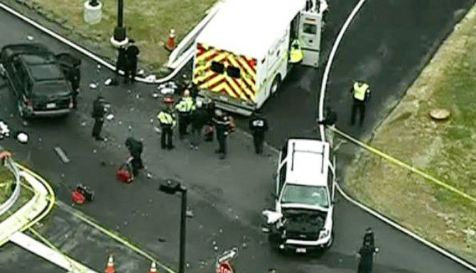 Las autoridades investigan el incidente en el que dos personas intentaron embestir la entrada de la Agencia de Seguridad Nacional en Maryland.(AP)