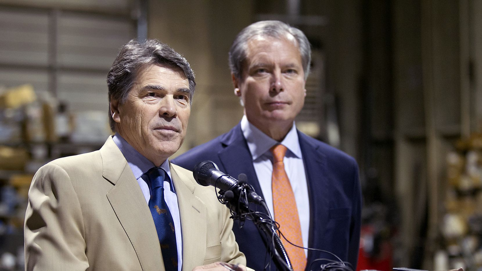 Lt. Gov. David Dewhurst joined Gov. Rick Perry for a November event at an East Austin glass company.