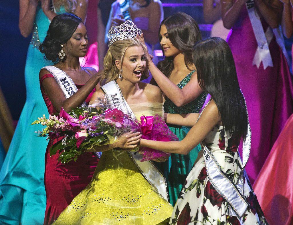 Karlie Hay  fue coronada Miss Teen USA el sábado en Las Vegas. AP