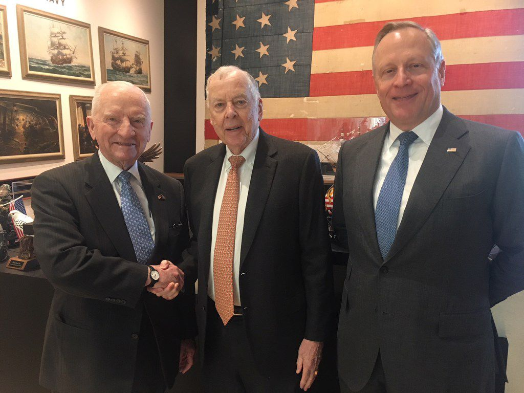 Ross Perot Sr., T. Boone Pickens and Ross Perot Jr. at Perot headquarters in 2018.