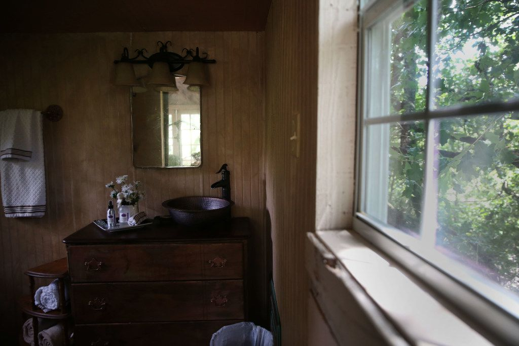 The second-story bathroom in the Bare Creek Treehouse