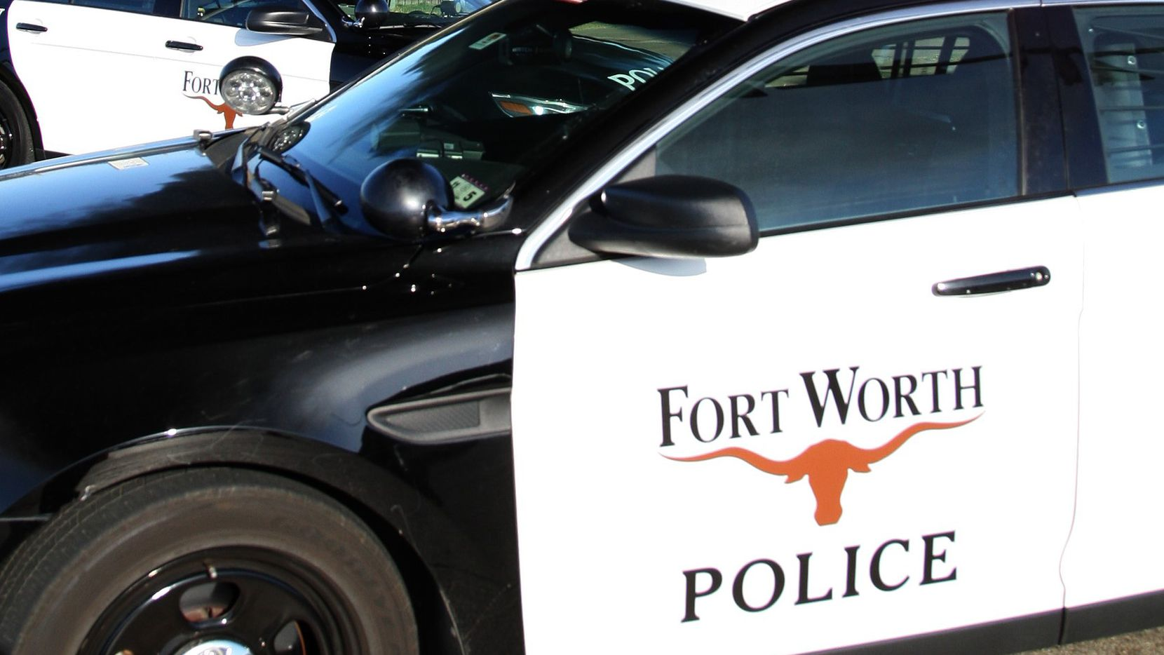 Fort Worth teen finds nude photos of 10-year-old sister on
