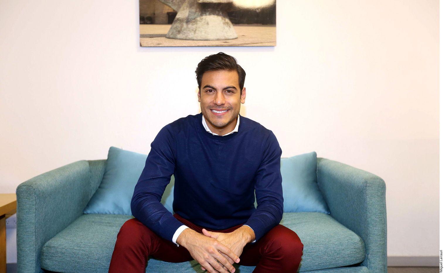 El cantante Carlos Rivera se prepara también para iniciar este año una gira mundial. AGENCIA REFORMA.