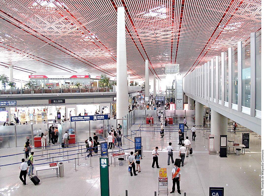 El Aeropuerto Internacional de Beijing-Capital, ubicado en Beijing, China, tuvo un total de 95 millones 786 mil 442 pasajeros durante el 2017. AGENCIA REFORMA