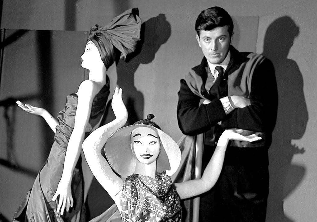 Hubert de Givenchy falleció el lunes a los 91 años. Foto AP