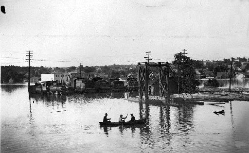 M.K. & T. Yards near the flooded power plant of Dallas Electric Light & Power Co. in 1908.