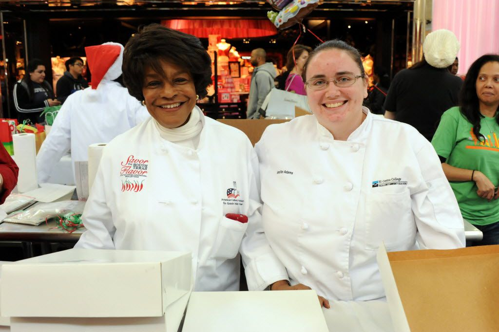 Chefs Ethel Stewart-Cooper and Jennifer Adams sell pies, cakes, and cookies at the NorthPark Center bake sale befitting the North Texas Food Bank in Dallas, TX on December 19, 2015. (Alexandra Olivia/ Special Contributor)