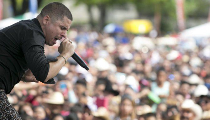 """Larry Hernández vuelve al Norte de Texas. Se presentará este domingo en Grand Prairie como parte del festival """"La Batalla 2015"""". (ESPECIAL PARA AL DÍA/MARÍA OLIVAS)"""