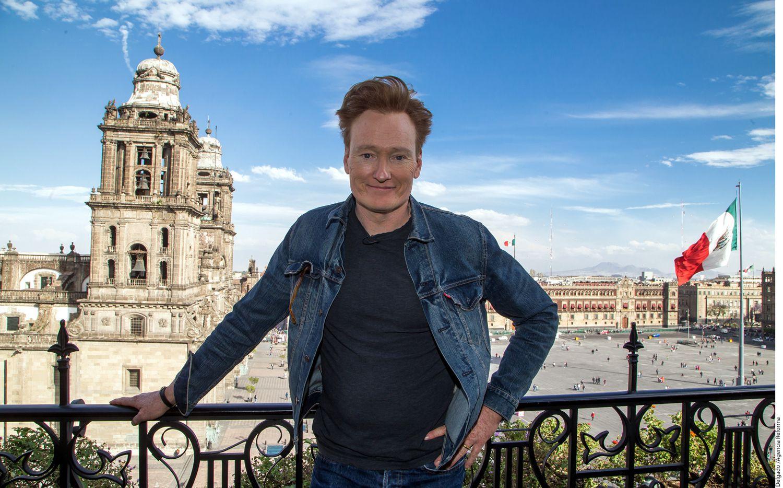 Conan O'Brien ya está en Televisa, donde afina detalles para la grabación de su programa Conan sin Fronteras: Hecho en México, y una intervención en la telenovela Mi Adorable Maldición./ AGENCIA REFORMA