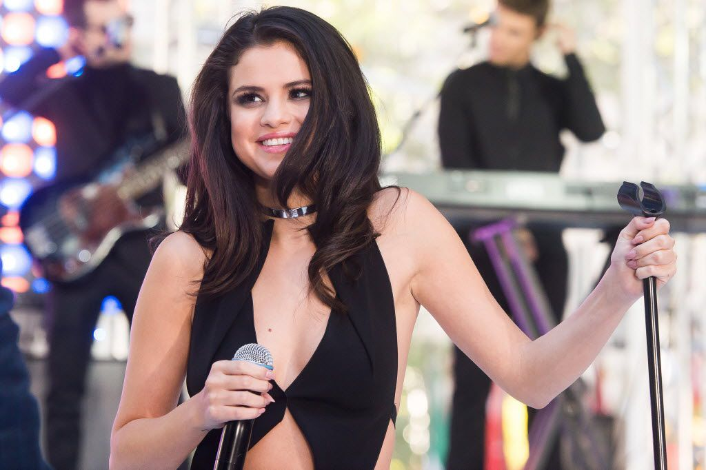 """In this Oct. 12, 2015 file photo, Selena Gomez performs on NBC's """"Today"""" show at Rockefeller Plaza in New York."""