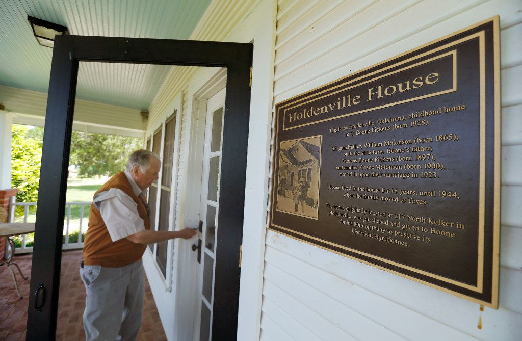 A plaque on the home gives details about where it was and how it was donate.