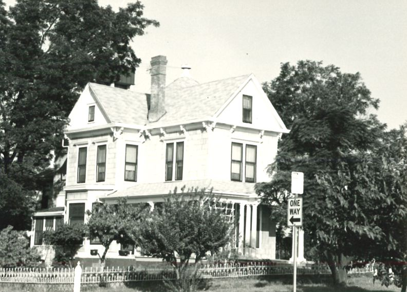 The house as it looked in 1977
