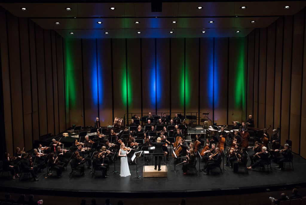 Violinist Angela Fuller Heyde performs with the Dallas Symphony Orchestra as Ruth Reinhardt conducts at Moody Performance Hall  Oct. 14.