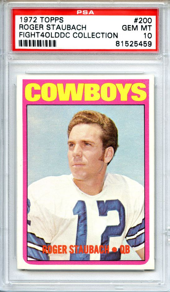 Roger Staubach Topps card 1972  images from the Hunt-Casterline Pro Football Hall of Fame Football Card Collection.