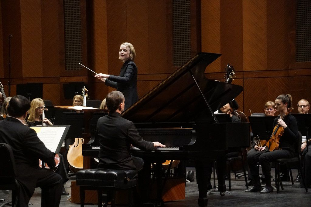 Guest conductor Ruth Reinhardt directs the Fort Worth Symphony and pianist Stephen Hough at Bass Performance Hall in Fort Worth on Feb. 22, 2019.