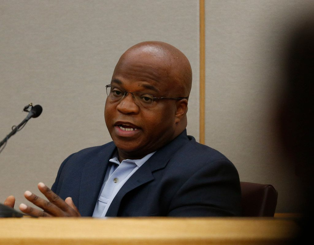Balch Springs police officer David Fields testifies about his former colleague Roy Oliver during his murder trial. (Rose Baca/Staff Photographer)