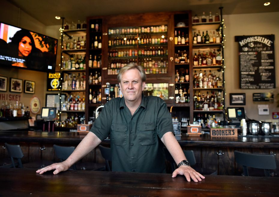 Stonedeck Pizza Pub co-owner David Haynes started offering artisanal mac 'n cheese dishes on UberEats in January. Now, diners can order in the restaurant, too.