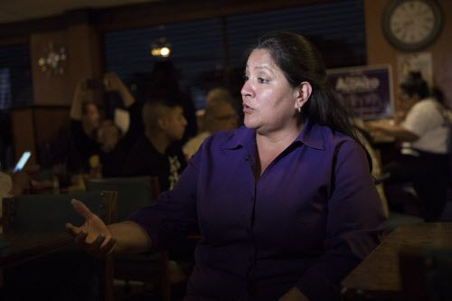 Mónica Alonzo busca su reelección en el distrito 6, que representa a West Dallas, Love Field y partes del sur de Dallas.