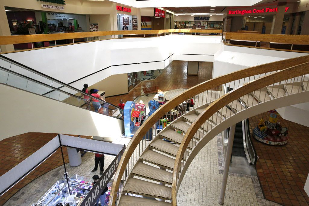 Interior of Southwest Center Mall in Dallas on April 7, 2016. (Rose Baca/Staff Photographer)